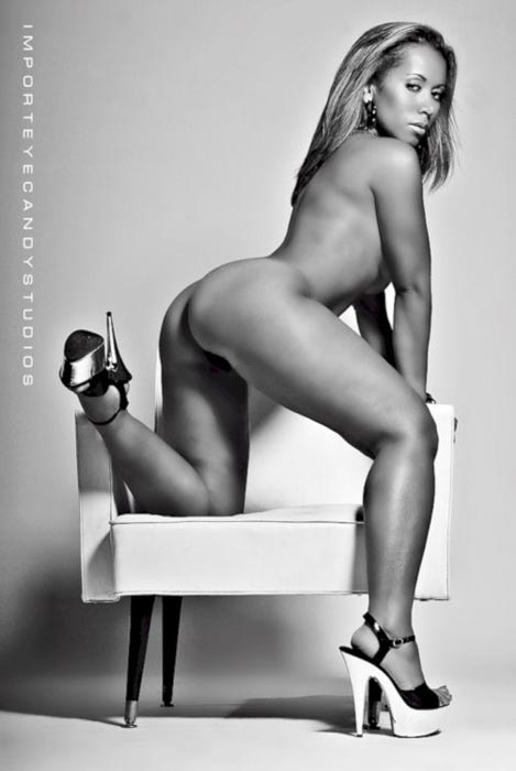Pic of the Day: Machelle – courtesy of Import Eyecandy