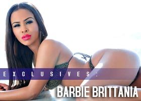 Barbie Brittania @BarbieBrittania : Window Shopping – Robin V Photography