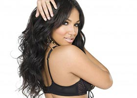 Yaris Sanchez @Yaris_Sanchez on ShowGirlzExclusive – SHOW Magazine