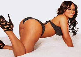 @Soletron Top 10 Sexiest Model Pics – Tahiry Jose