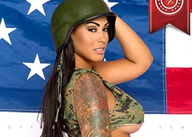 Best of 2013: #2 – Tatted Up Holly @tatteduphollyyy: Independence Day – Jose Guerra