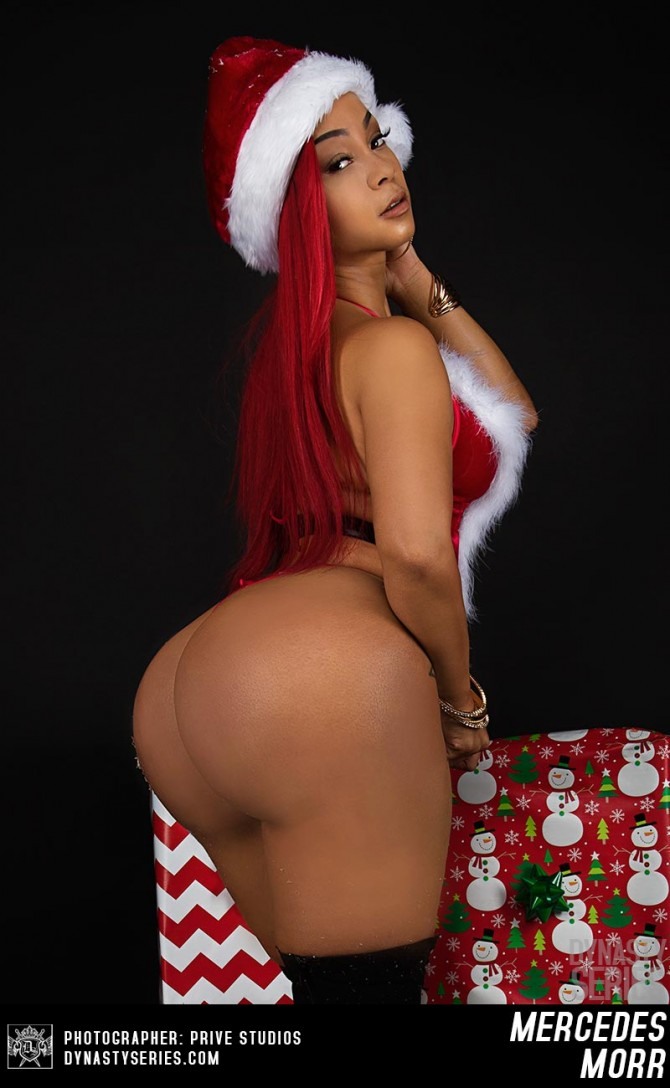 Mercedes Morr @missmercedesmorr: Mercedes Christmas – Prive Studios