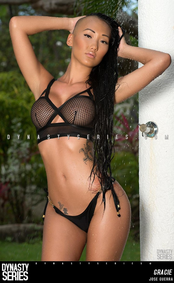 Gracie @graciii3: Live from Paradise – Ladies of Artistic Curves x Jose Guerra