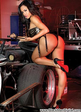 Rosa Acosta – Custon Motors – BlackMenDigital Previews