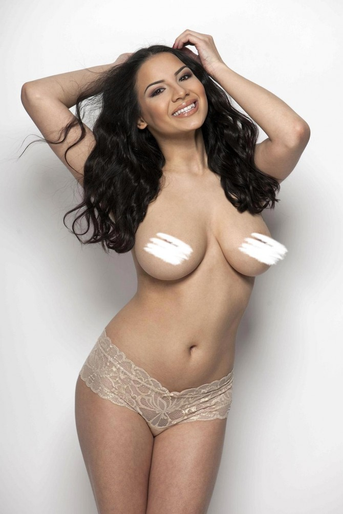 Lacey Banghard: Hands High – Page3