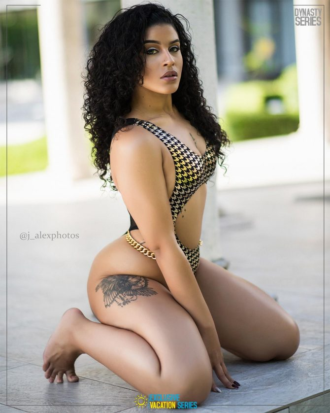 Jaie Makenzie: Villa Life x Exclusive Vacation Series – J. Alex Photos