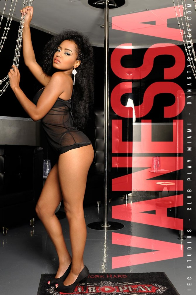Exclusive Pics of Vanessa Nina – courtesy of IEC Studios and Club Play Miami