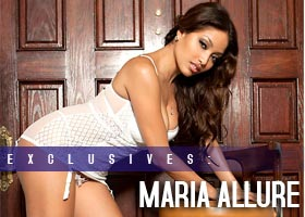 Maria Allure: Close the Door – courtesy of Frank D Photo at Artistic Curves