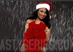 Kyra Chaos @kyrachaos – The Secrets to Christmas – Behind the Scenes Video