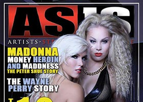 Ms Bailey @MsBaileyE and Amanda on cover of Asis Magazine