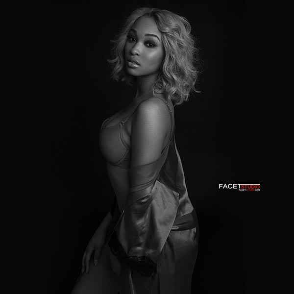 Adriennee @uhearit_aone – Pic of the Day – Facet Studio