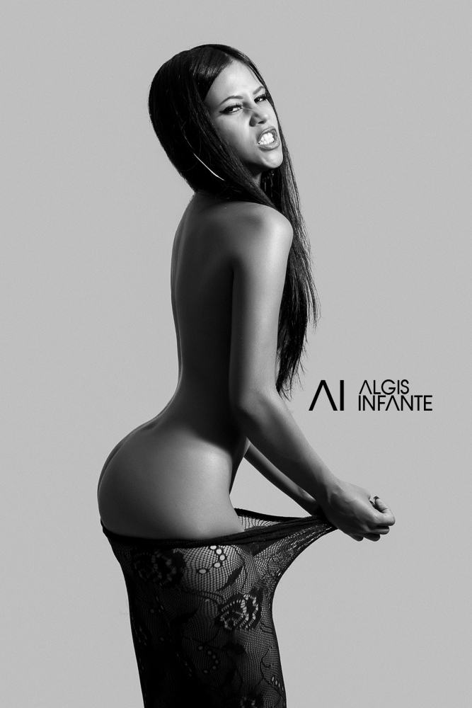 Diany Terrero @DianyTerrero: Sexy Greys – Algis Infante