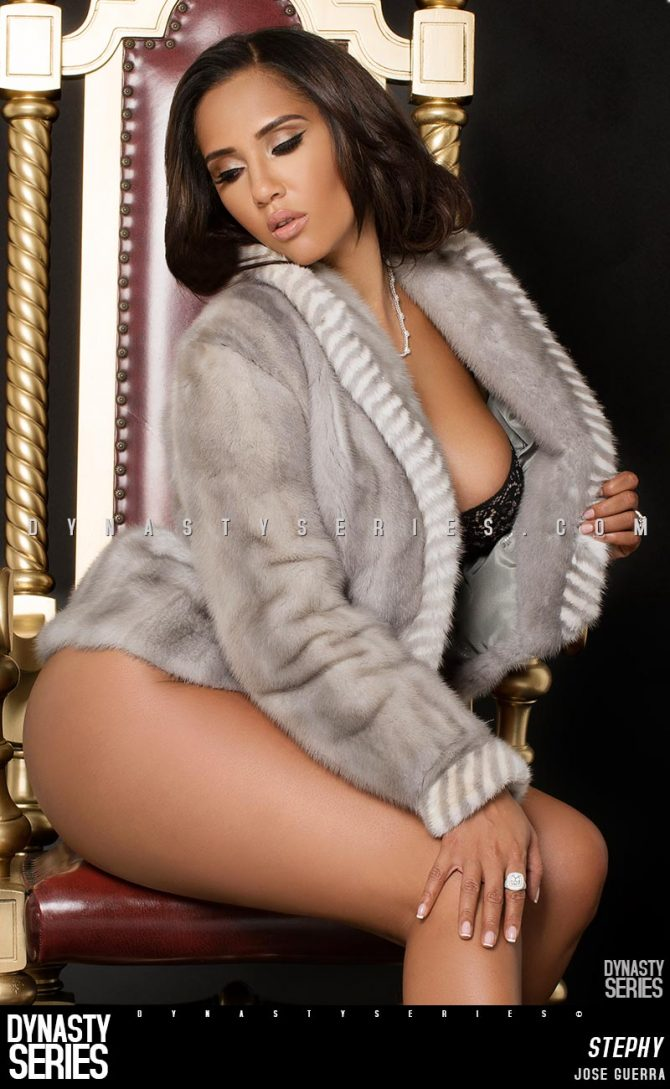Sexy Stephy @sexystephy17: Fur Season – Jose Guerra