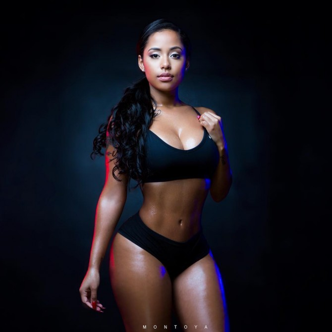 Alisha Berry @alisha_berry – Pic of the Day – Mike Montoya