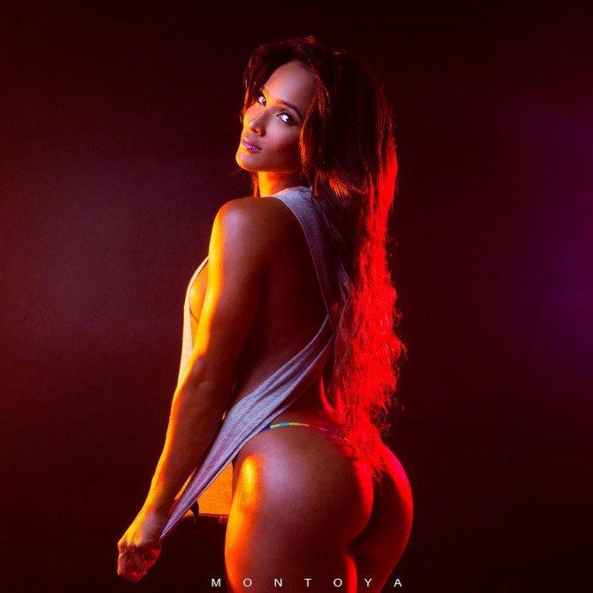 Melissa Piedrahita @melapiedrahita – Pic of the Day Double Dose – Mike Montoya