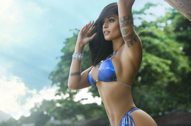 More of Aline Riscado in Colirio Girl Magazine