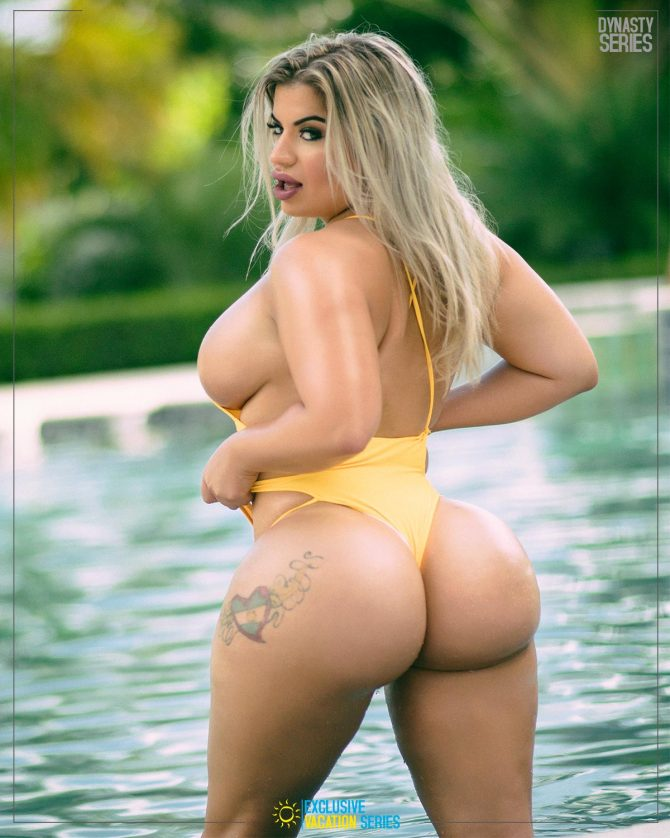 Lissa Aires: Villa Life x Exclusive Vacation Series – J. Alex Photos