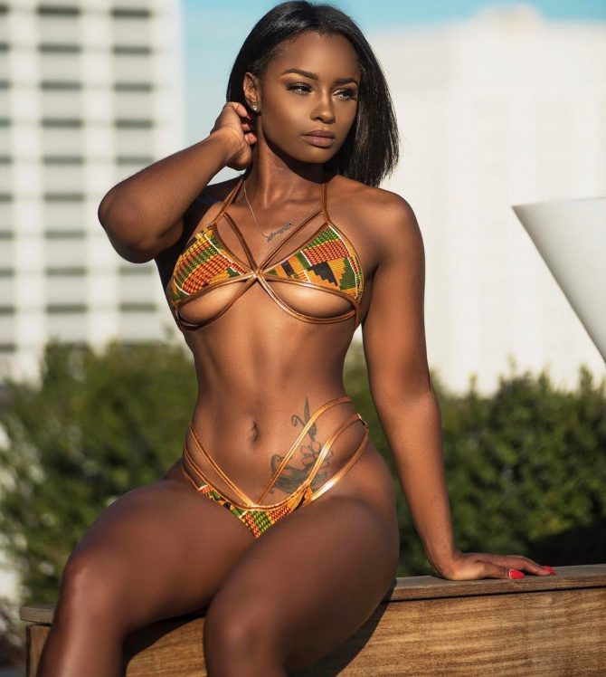 Alexys Jay: Mega Set – Photo Mark