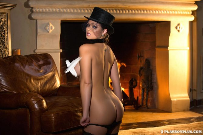 Chelsie Aryn in Under Wraps – Playboy