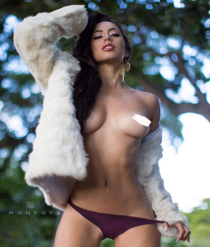 Barbara Cordoba @BarbieMuriel – Pic of the Day Double Dose – Mike Montoya