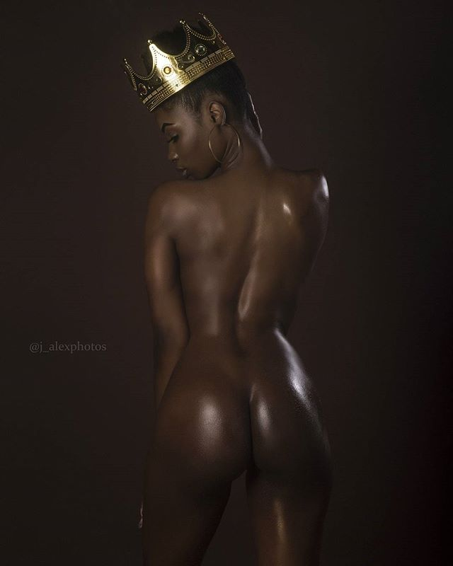 Pariss @queenpariss: Crown of Paris – J. Alex Photos