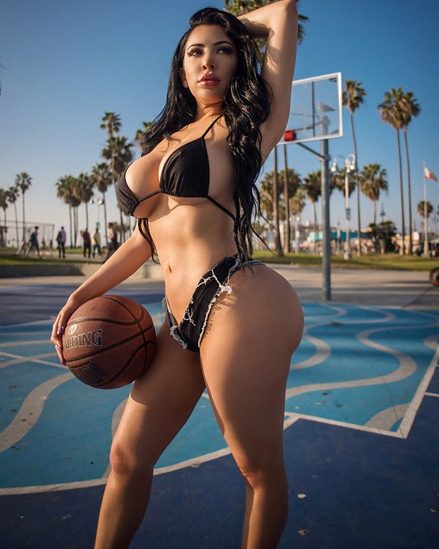 Ms. Palomares @mspalomares: Shut Up and Dribble – Photo Mark
