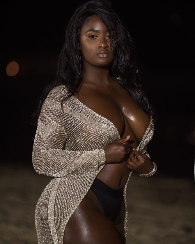 Cheyanne Noire @cheyannenoire – Introducing – Photo Mark
