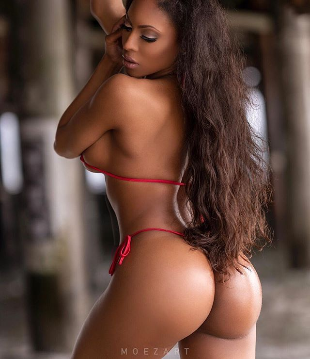 Neish Michelle @neishmichelle_ – Pic of the Day Triple Play – Moezart