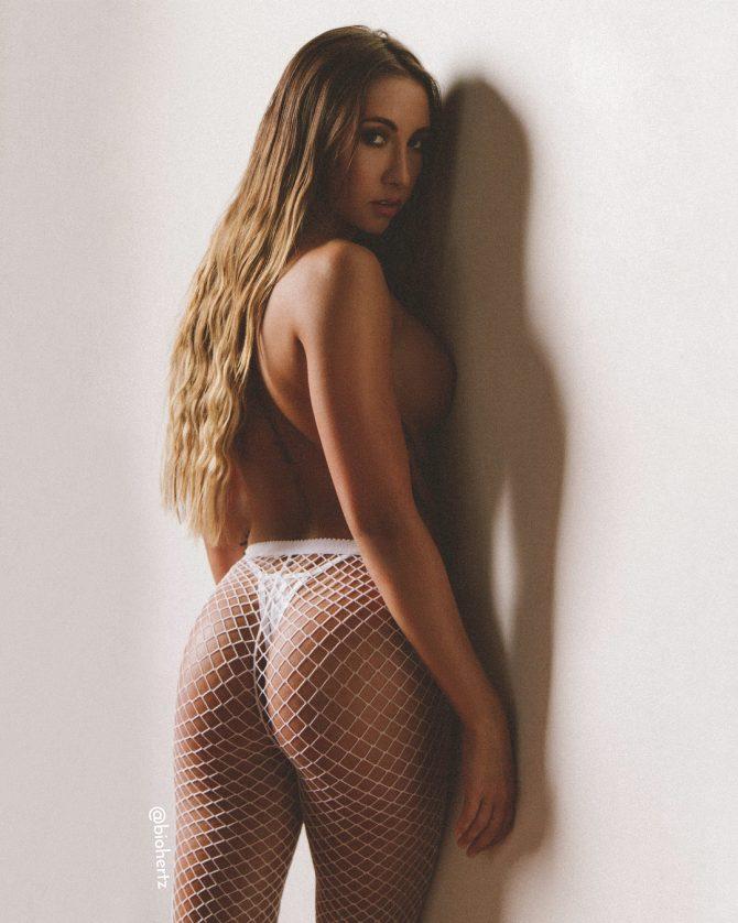Jamie Lyn Rinaldi @jamielynrinaldi: Diamond – SPXL Mag x Biohertz Photography