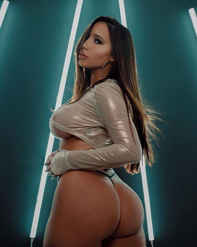 Maria Gjieli @mariagjieli: Glow – Raul Shoots