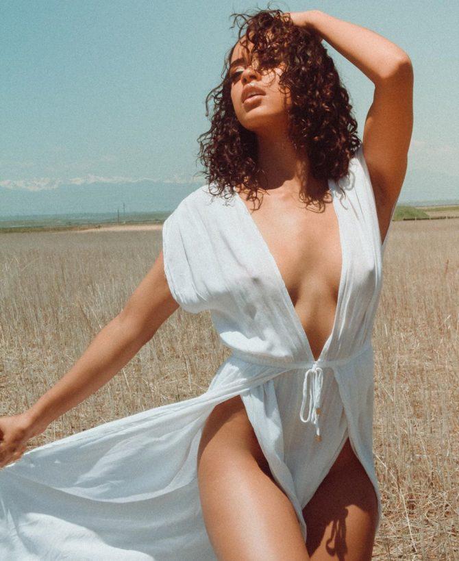 Cristina Mackey @cristinamackey_: Field of Dreams – Jam-X
