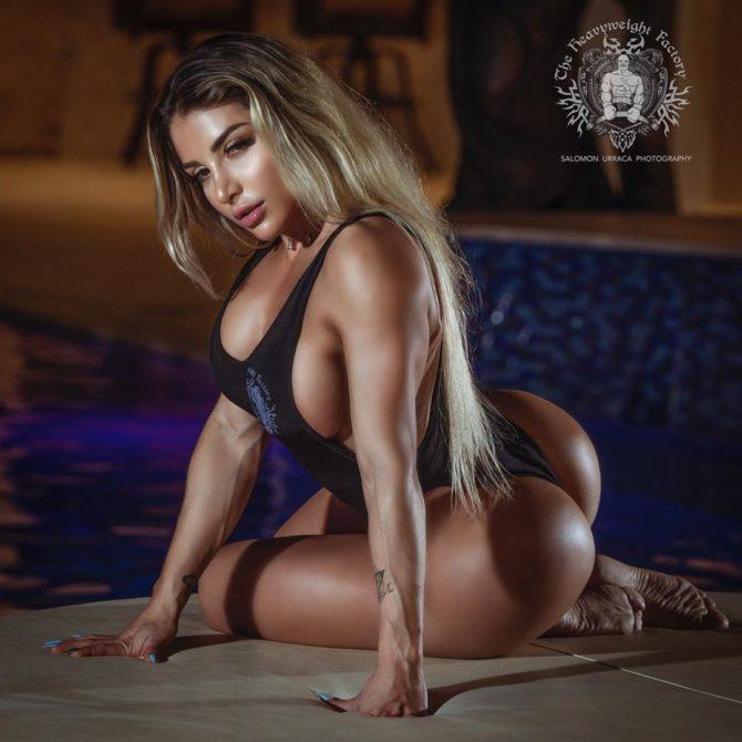 Vanessa Mejia @vanessamfit x Salomon Urraca