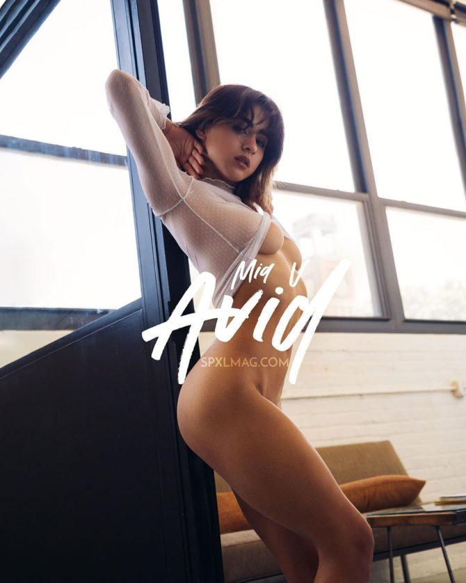Mia @miav.me: Avid – SPXL Mag x Biohertz Photography