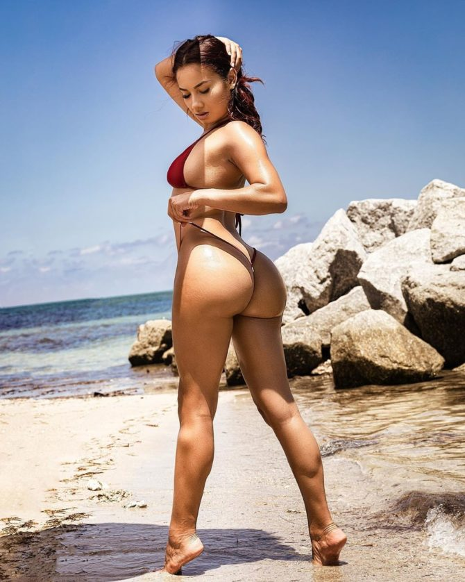Chantal @thechantalgracias: Point of View – Thierry B. Photography