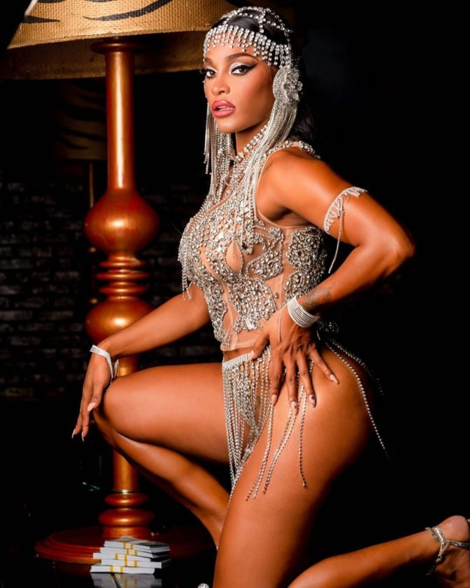 Joseline @joseline: Front Row at the Cabaret – Photography By Ed